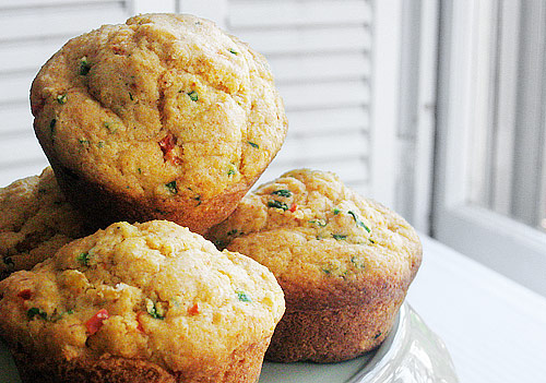savory-corn-and-pepper-muffins